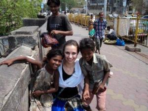 TravelMore.Live making the best as a woman traveling alone in India